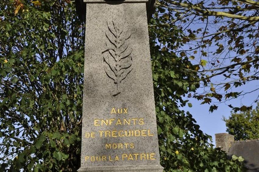 monument-aux-morts-41