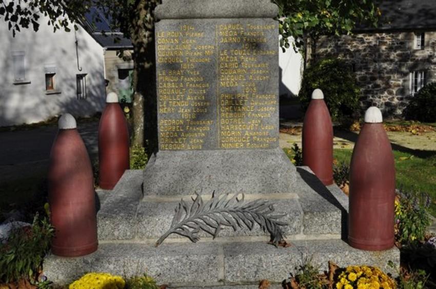monument-aux-morts-61