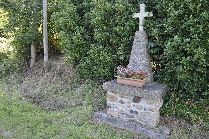 Croix de la Ville au Gallais - Tréguidel